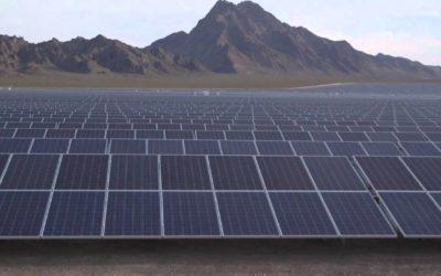 Låner ut solceller til næringsbygg