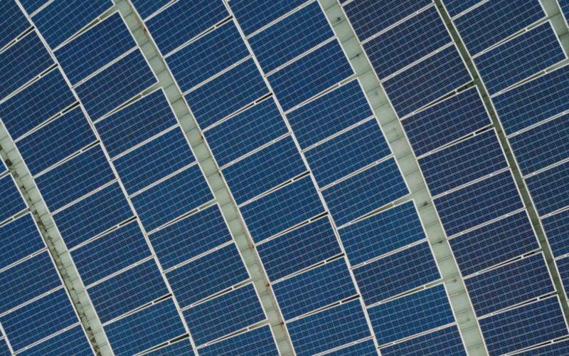 Reis på tur med solcellelader