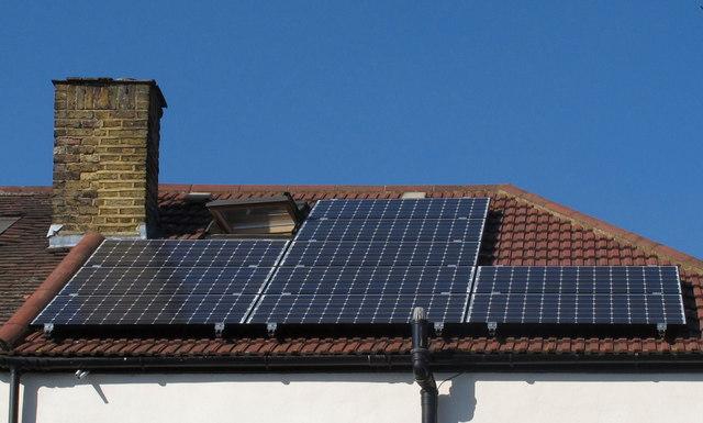 Hvorfor investerer ikke flere folk i solcellepaneler?